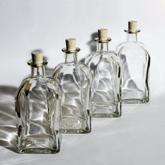 glasflasche 39 quadra 39 700 ml kaufen tee und whisky shop. Black Bedroom Furniture Sets. Home Design Ideas
